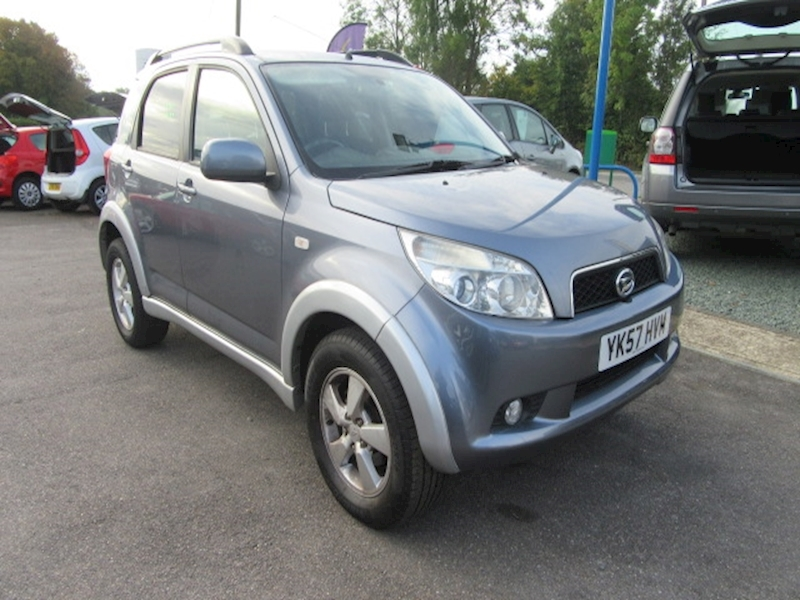 Terios Sx Hatchback 1.5 Manual Petrol