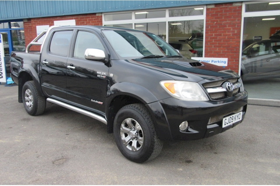 Hilux Invincible D-4D Dcp Light 4X4 Utility 3.0 Automatic Diesel