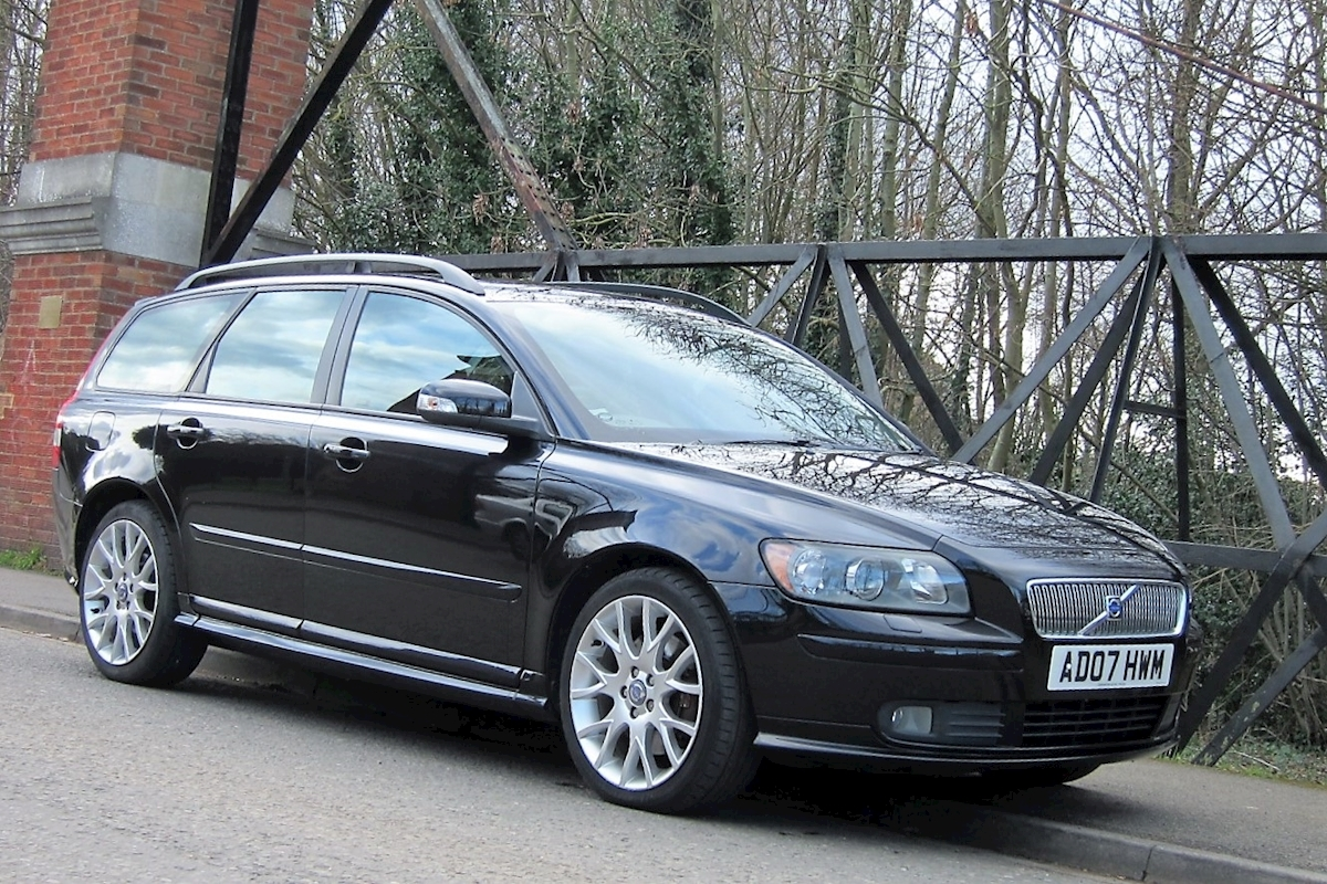 S40/V50 Series T5 Se Sport V50 Estate 2.5 Manual Petrol