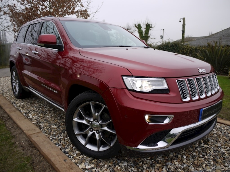 Jeep Grand Cherokee 3.0 V6 CRD Summit (PANORAMIC Roof+ADAPITIVE CRUISE+Heated Everything+Air Suspension)