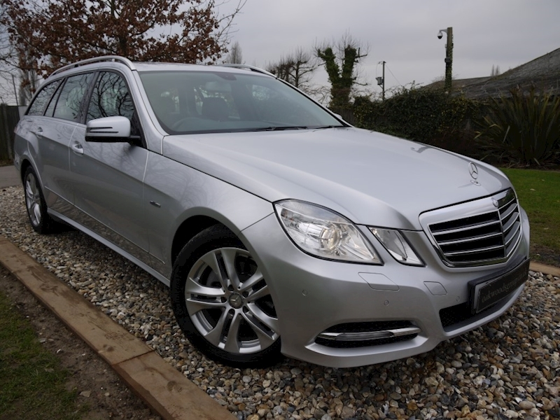 Mercedes E Class E220 Cdi Blueefficiency Executive SE (Sat Nav+BLUETOOTH+Mirror Pack+Full Leather+Heated Seats)