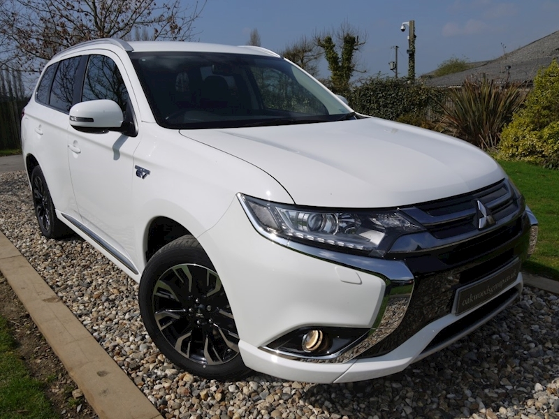 Mitsubishi Outlander PHEV GX 3H Plus Auto (Heated Seats+17