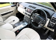 Land Rover Range Rover 4.4 TDV8 Westminster (IVORY Leather+ Dual Screen TV+HEATED Steering Wheel+SUNROOF+FLRSH+Rear CAMERA) - Thumb 6