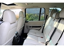 Land Rover Range Rover 4.4 TDV8 Westminster (IVORY Leather+ Dual Screen TV+HEATED Steering Wheel+SUNROOF+FLRSH+Rear CAMERA) - Thumb 38