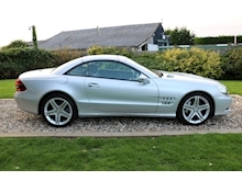 Mercedes Sl Sl350 (PAN ROOF+Sport Pack+TRACKER+DAB+Keyless+AIR SCARF+6 Mercedes Stamps) - Thumb 3