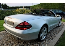 Mercedes Sl Sl350 (PAN ROOF+Sport Pack+TRACKER+DAB+Keyless+AIR SCARF+6 Mercedes Stamps) - Thumb 39