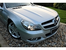Mercedes Sl Sl350 (PAN ROOF+Sport Pack+TRACKER+DAB+Keyless+AIR SCARF+6 Mercedes Stamps) - Thumb 21