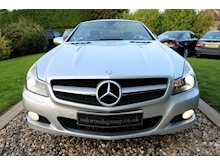 Mercedes Sl Sl350 (PAN ROOF+Sport Pack+TRACKER+DAB+Keyless+AIR SCARF+6 Mercedes Stamps) - Thumb 5