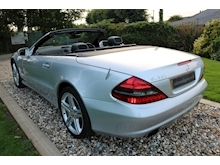 Mercedes Sl Sl350 (PAN ROOF+Sport Pack+TRACKER+DAB+Keyless+AIR SCARF+6 Mercedes Stamps) - Thumb 35