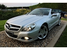 Mercedes Sl Sl350 (PAN ROOF+Sport Pack+TRACKER+DAB+Keyless+AIR SCARF+6 Mercedes Stamps) - Thumb 19
