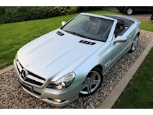 Mercedes Sl Sl350 (PAN ROOF+Sport Pack+TRACKER+DAB+Keyless+AIR SCARF+6 Mercedes Stamps) - Thumb 9