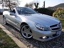 Mercedes Sl Sl350 (PAN ROOF+Sport Pack+TRACKER+DAB+Keyless+AIR SCARF+6 Mercedes Stamps) - Thumb 0