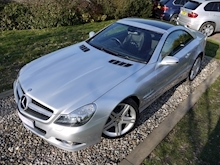 Mercedes Sl Sl350 (PAN ROOF+Sport Pack+TRACKER+DAB+Keyless+AIR SCARF+6 Mercedes Stamps) - Thumb 20