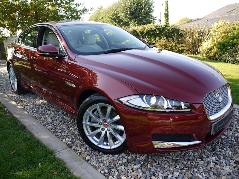 Jaguar Xf 2.2d Premium Luxury 8 Spd Auto (IVORY Leather+1 Private Owner+ONLY 15,000 Miles+Full Jag History)