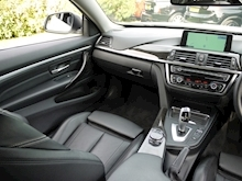 Bmw 4 Series 420D Luxury (Mineral White+Full Black Panel+BMW Professional Multimedia+Sat Nav) - Thumb 13