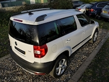 Skoda Yeti 2.0 TDI Elegance CR ( Factory SAT NAV+HEATED Seats+DAB+Full Leather+Cruise Control+Full History - Thumb 30