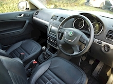 Skoda Yeti 2.0 TDI Elegance CR ( Factory SAT NAV+HEATED Seats+DAB+Full Leather+Cruise Control+Full History - Thumb 12
