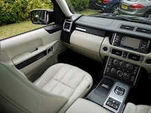 Land Rover Range Rover 4.4 TDV8 Vogue SE (Ivory Leather+TOW Pack+PRIVACY+TV+Heated Everything!!) - Thumb 24