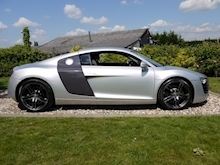 Audi R8 4.2 Quattro R Tronic (Sat Nav PLUS+Bang & Olusfen+Front and Rear PDC+CD+Light Package+Audi History) - Thumb 9