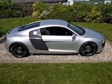 Audi R8 4.2 Quattro R Tronic (Sat Nav PLUS+Bang & Olusfen+Front and Rear PDC+CD+Light Package+Audi History) - Thumb 2