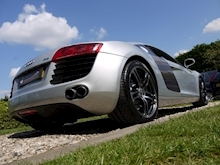 Audi R8 4.2 Quattro R Tronic (Sat Nav PLUS+Bang & Olusfen+Front and Rear PDC+CD+Light Package+Audi History) - Thumb 17