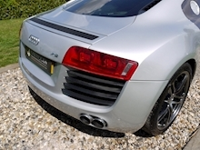 Audi R8 4.2 Quattro R Tronic (Sat Nav PLUS+Bang & Olusfen+Front and Rear PDC+CD+Light Package+Audi History) - Thumb 28