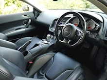 Audi R8 4.2 Quattro R Tronic (Sat Nav PLUS+Bang & Olusfen+Front and Rear PDC+CD+Light Package+Audi History) - Thumb 3