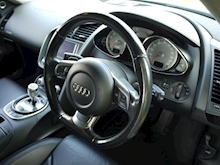 Audi R8 4.2 Quattro R Tronic (Sat Nav PLUS+Bang & Olusfen+Front and Rear PDC+CD+Light Package+Audi History) - Thumb 8
