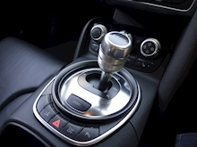 Audi R8 4.2 Quattro R Tronic (Sat Nav PLUS+Bang & Olusfen+Front and Rear PDC+CD+Light Package+Audi History) - Thumb 5