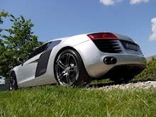 Audi R8 4.2 Quattro R Tronic (Sat Nav PLUS+Bang & Olusfen+Front and Rear PDC+CD+Light Package+Audi History) - Thumb 7