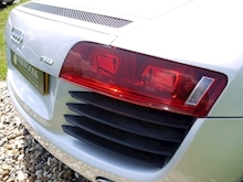 Audi R8 4.2 Quattro R Tronic (Sat Nav PLUS+Bang & Olusfen+Front and Rear PDC+CD+Light Package+Audi History) - Thumb 26