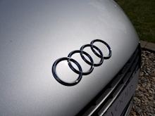 Audi R8 4.2 Quattro R Tronic (Sat Nav PLUS+Bang & Olusfen+Front and Rear PDC+CD+Light Package+Audi History) - Thumb 10