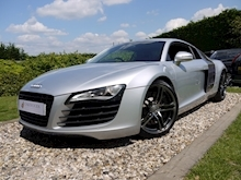 Audi R8 4.2 Quattro R Tronic (Sat Nav PLUS+Bang & Olusfen+Front and Rear PDC+CD+Light Package+Audi History) - Thumb 4