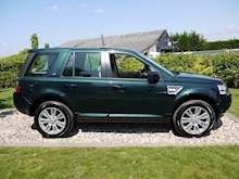 Land Rover Freelander 2.2 SD4 HSE Luxury (CAMERA Pack+Sat Nav+PAN Roofs+CRUISE+DAB+Tow Pack+1 Owner+LR History) - Thumb 2