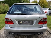 Mercedes E Class E63 AMG (COMAND+ParkTronic+Last Owner 8 Years+Full MERCEDES History+Outstanding Condition) - Thumb 40