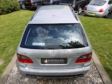 Mercedes E Class E63 AMG (COMAND+ParkTronic+Last Owner 8 Years+Full MERCEDES History+Outstanding Condition) - Thumb 34