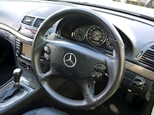 Mercedes E Class E63 AMG (COMAND+ParkTronic+Last Owner 8 Years+Full MERCEDES History+Outstanding Condition) - Thumb 19