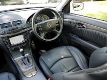 Mercedes E Class E63 AMG (COMAND+ParkTronic+Last Owner 8 Years+Full MERCEDES History+Outstanding Condition) - Thumb 21