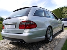 Mercedes E Class E63 AMG (COMAND+ParkTronic+Last Owner 11 Years+Full MERCEDES History+Outstanding Condition) - Thumb 55