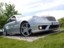 Mercedes E Class E63 AMG (COMAND+ParkTronic+Last Owner 11 Years+Full MERCEDES History+Outstanding Condition) - Thumb 24