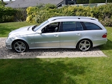 Mercedes E Class E63 AMG (COMAND+ParkTronic+Last Owner 11 Years+Full MERCEDES History+Outstanding Condition) - Thumb 16