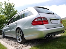 Mercedes E Class E63 AMG (COMAND+ParkTronic+Last Owner 11 Years+Full MERCEDES History+Outstanding Condition) - Thumb 27
