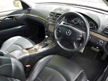 Mercedes E Class E63 AMG (COMAND+ParkTronic+Last Owner 11 Years+Full MERCEDES History+Outstanding Condition) - Thumb 25