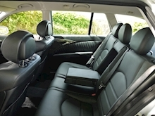 Mercedes E Class E63 AMG (COMAND+ParkTronic+Last Owner 11 Years+Full MERCEDES History+Outstanding Condition) - Thumb 52
