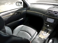 Mercedes E Class E63 AMG (COMAND+ParkTronic+Last Owner 11 Years+Full MERCEDES History+Outstanding Condition) - Thumb 23