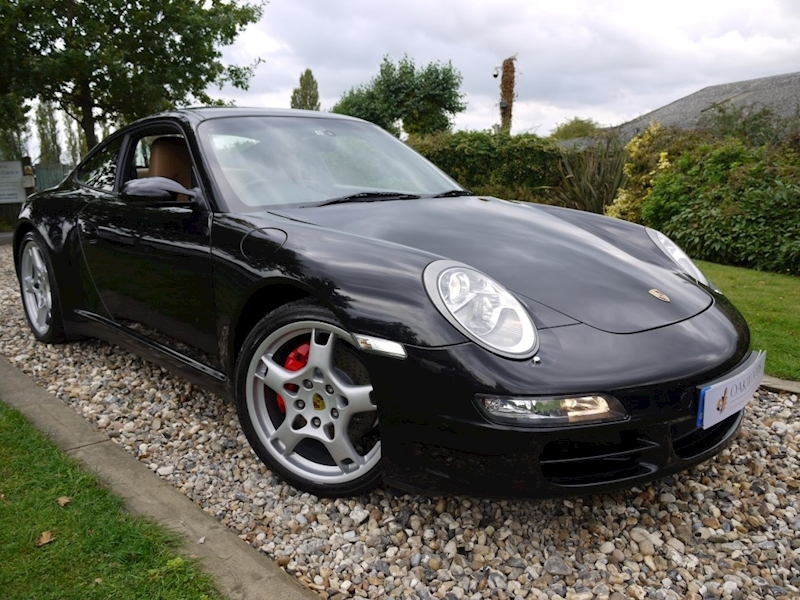 Porsche 911 Carrera 4S 6 Speed Manual 997 (PCM Sat Nav+Apple Car Play+Rear PDC+Full Porsche Main Agent History)