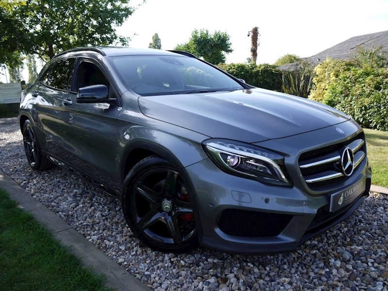Mercedes-Benz Gla-Class GLA220 Cdi 4Matic AMG Line Premium Plus (PANORAMIC Roof+AMG Exclusive Leather+Night Pack+MEM Seats)