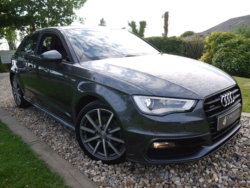 Audi A3 2.0 TDi Quattro S Line S Tronic 3dr (DAB Radio+Black Pack Styling+Half Leather+Audi History)