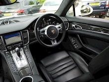 Porsche Panamera Turbo S PDK (1 Owner+Only 25,000 Miles+FPSH+SportsDesign Pack+Sunroof+Carbon Pack+132,000 New List) - Thumb 22