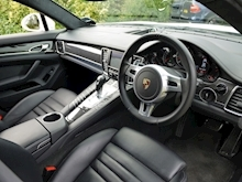Porsche Panamera Turbo S PDK (1 Owner+Only 25,000 Miles+FPSH+SportsDesign Pack+Sunroof+Carbon Pack+132,000 New List) - Thumb 12